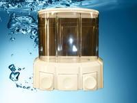 Plastový dávkovač tekutého mýdla 006B, v bílé barvě.