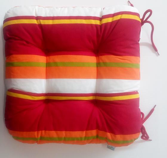 Sedák čalouněný, barevný  - 1